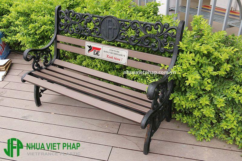 ghe-bang-ngoai-troi-viet-phap-han-san-xuat-tai-viet-nam-2