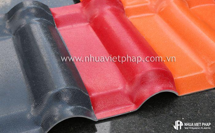 Ngói nhựa 4 lớp của Nhựa Việt Pháp - Sự lựa chọn cho nhà xưởng ven biển