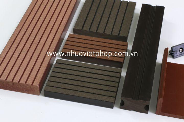 Làm thế nào để sàn gỗ ngoài trời Việt Pháp không bị bay màu theo thời gian ?