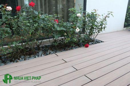 Sàn gỗ ngoài trời – Sàn gỗ nhựa ngoài trời Việt Pháp – Sàn gỗ rỗng SGR04VF