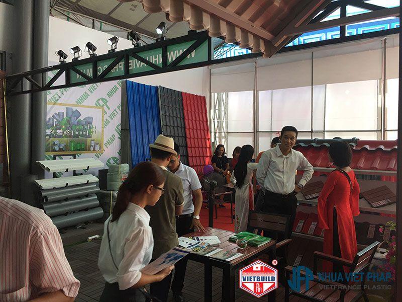 vietbuild 2016 gian hang nhua viet phap 2