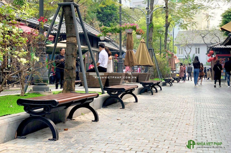 Ghế băng công viên