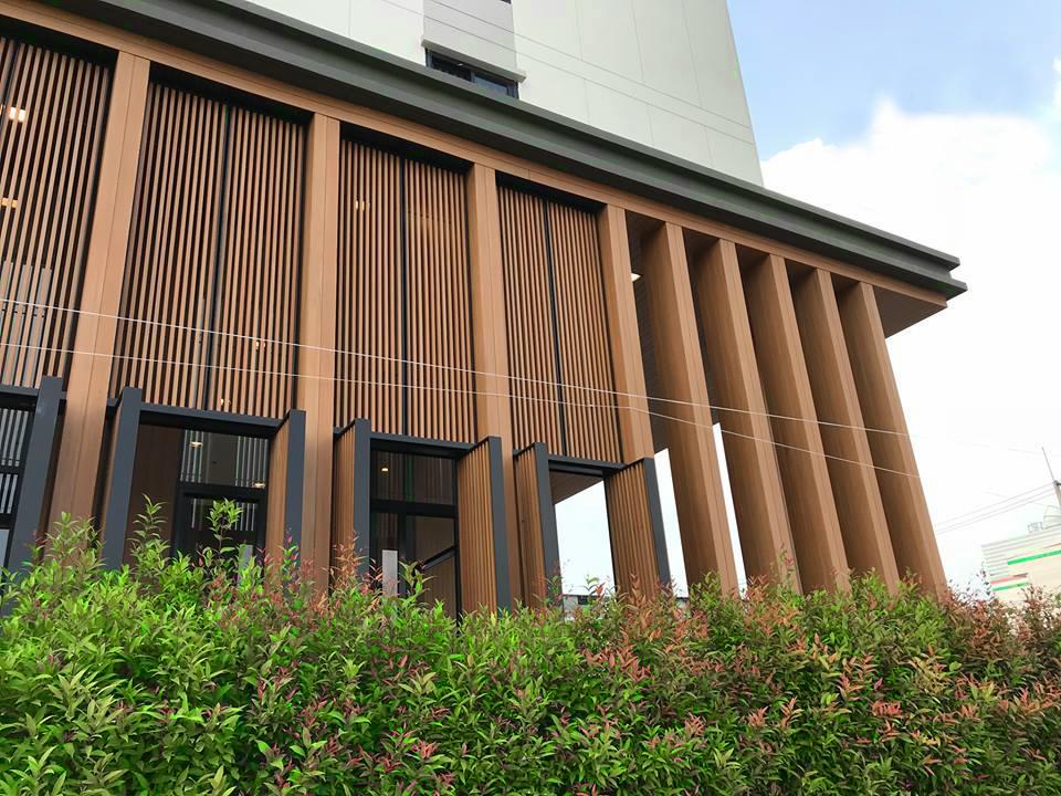 8 lý do nên lựa chọn tấm ốp tường gỗ nhựa ngoài trời